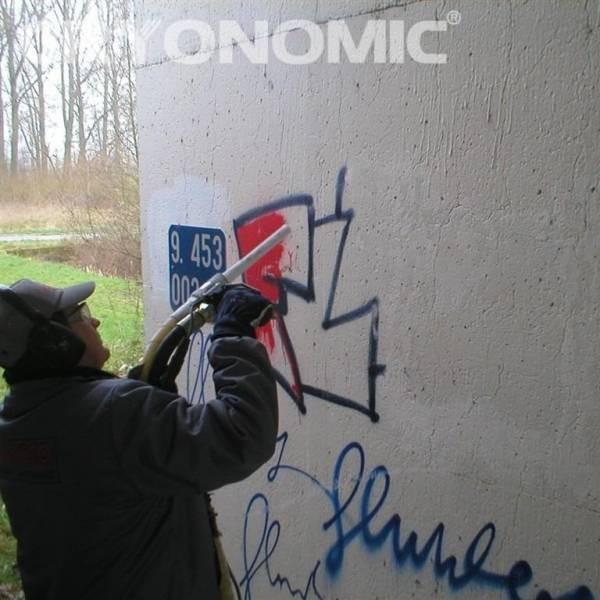 Îndepărtare Graffiti și vopsea 0
