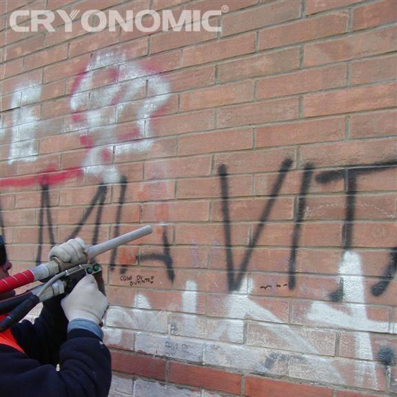 Îndepărtare Graffiti și vopsea 8