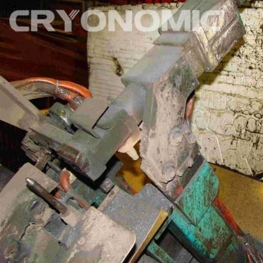 Curățare roboți sudură Industria Auto 9