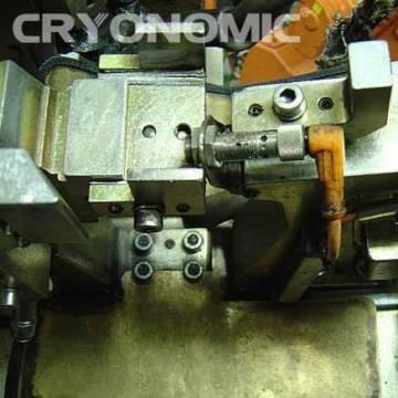 Curățare roboți sudură Industria Auto 12