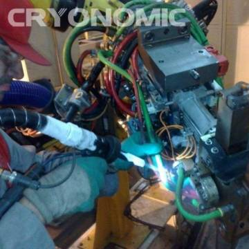 Curățare roboți sudură Industria Auto 4