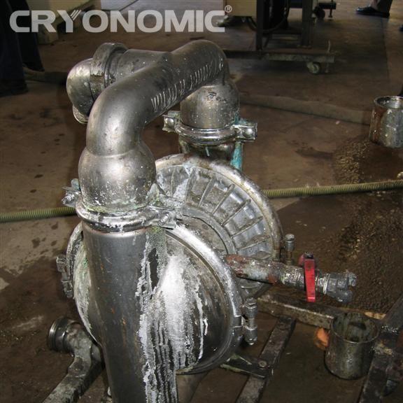 Curățare echipamente producție 12
