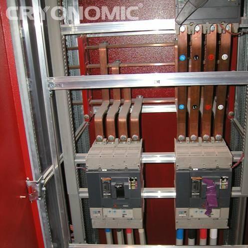 Curățare cabinete electrice 3
