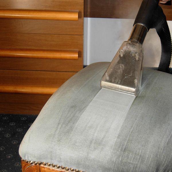 Aplicații de Curățare cu Abur Uscat în Domeniile Educație & Sport 5