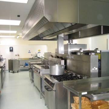 Curățare în domeniile Catering, Ospitalitate, SPA cu abur uscat 23