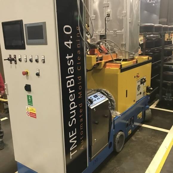 Robot de Curățare cu Gheață Carbonică 3