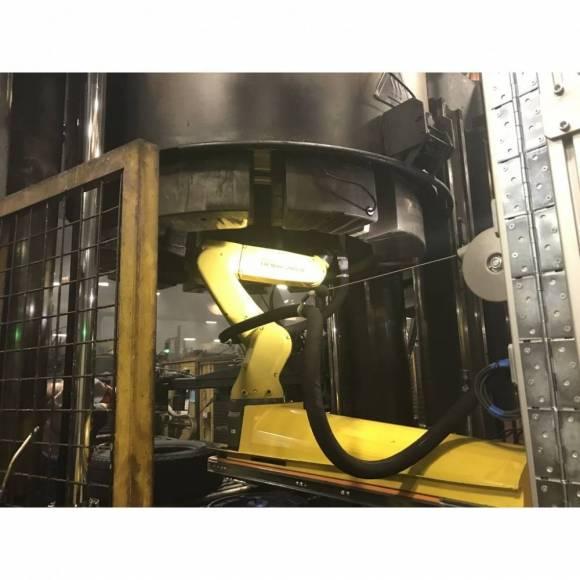 Robot de Curățare cu Gheață Carbonică 11